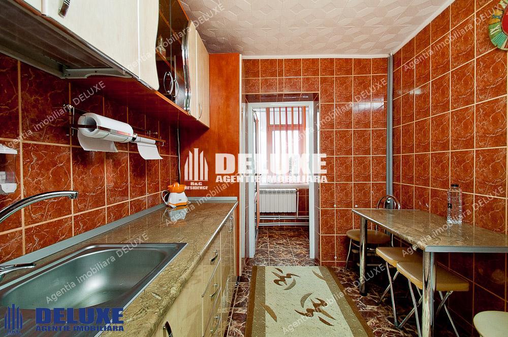 De inchiriat apartament cu 2 camere in Micro 16,centrala termica