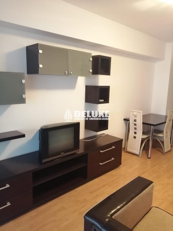 Apartament cu 2 camere ,zona Ultimul Leu
