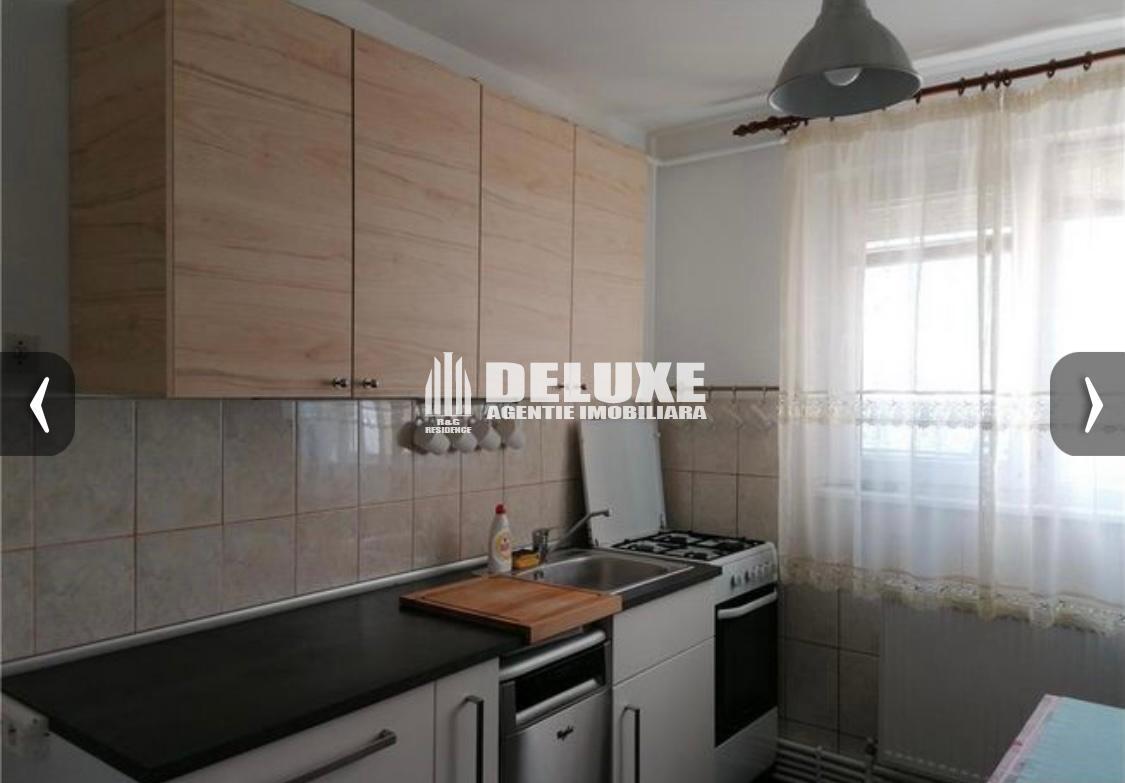 Apartament cu 3 camere in Micro 20