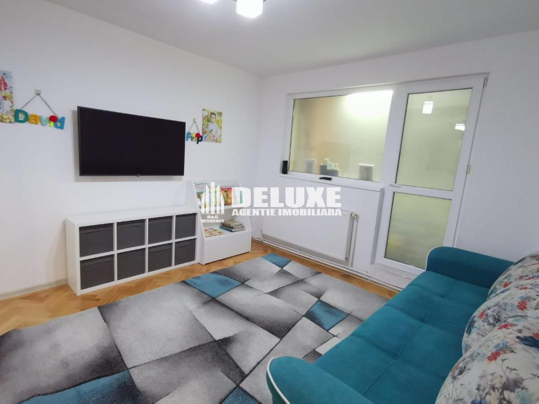 Apartament cu 2 camere in Micro 21,etaj intermediar